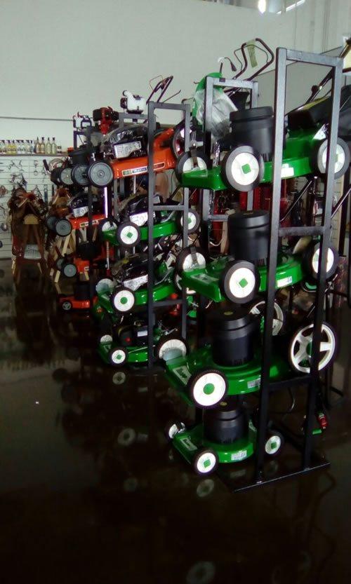 Gondola Expositor para Maquinas