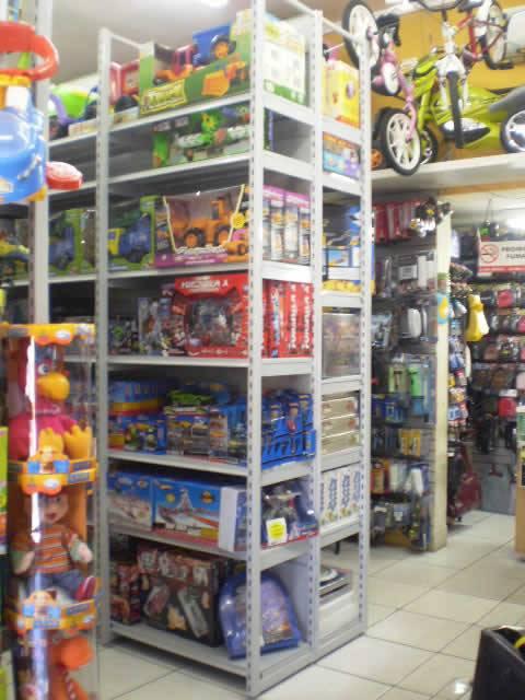 Rack Central para Brinquedos